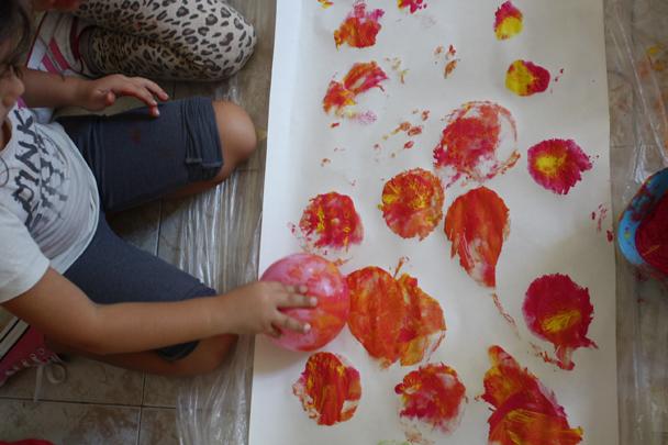 Très Dipingere il suono con un palloncino – Carta e colori ID06
